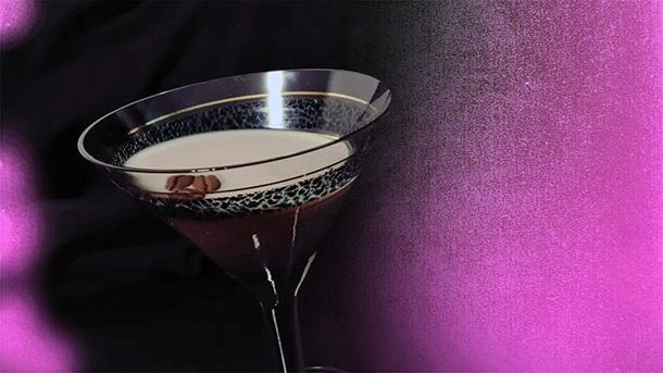 Коктейль с ликером Бейлис и шампанским